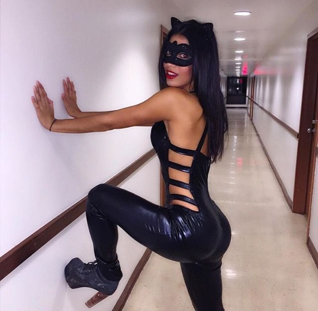 Crazy Dating Stories: Yvonne – Ms. Im-Purr-fect
