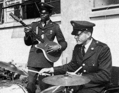 Tales of Rock – Jimi Hendrix's Guitar Got Him Kicked Out of the Army