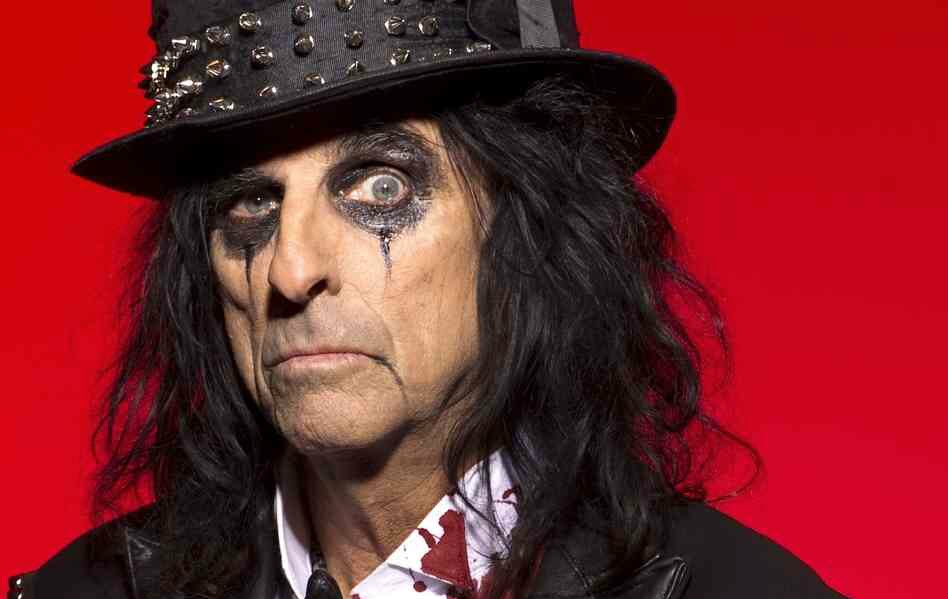 Tales of Rock – Alice Cooper Reveals How Jesus Saved His Life