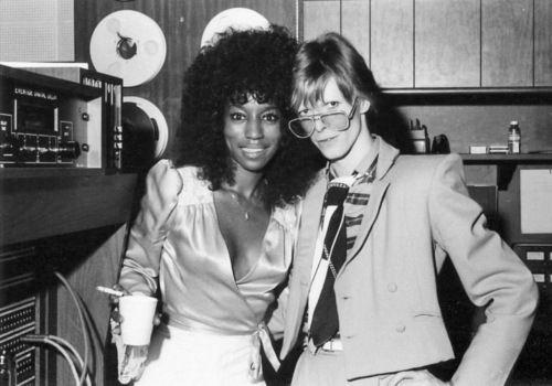 Tales of Rock – David Bowie Banged Slash'sMom