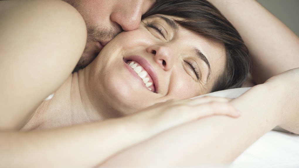 The Physiological Changes That Happen in Your Body When You Sleep With Someone New