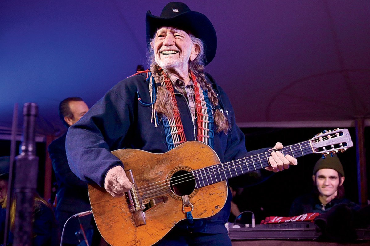 Willie Nelson Hosting 'Come and Toke It' Variety Show on 4/20